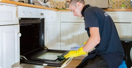 oven cleaning services in Sydney